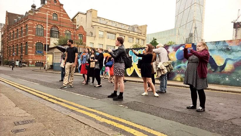 Lifestyle Bloggers on Street Art Walk, London